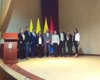 Rodríguez Ruibal junto con la organización del evento en la Universidad Agustiniana