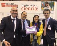 Foto de familia de responsables del Máster, Lucas Castro, Joaquín Danvila e Isaac Seoane, con Roya Chang (Redacción: UDIMA Media)