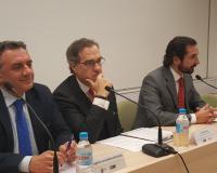 José María Alonso, en el centro de la image, junto a Eugenio Lanzadera y Arturo de las Heras (Redacción: Luis Miguel Belda/Imagen: Alejandro Benito, J.D., L.M.B.)