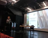 Aurora Centellas, durante el taller en el Instituto Cervantes de París.