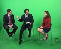 Durante la grabación en el plató de UDIMA Media (Fotografía: Isabel Sánchez de Movellán)