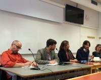 Miembros del Grupo presentando el Panel